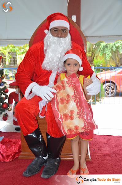 Papai Noel chega à Creche Nossa Sra. Aparecida - 2018