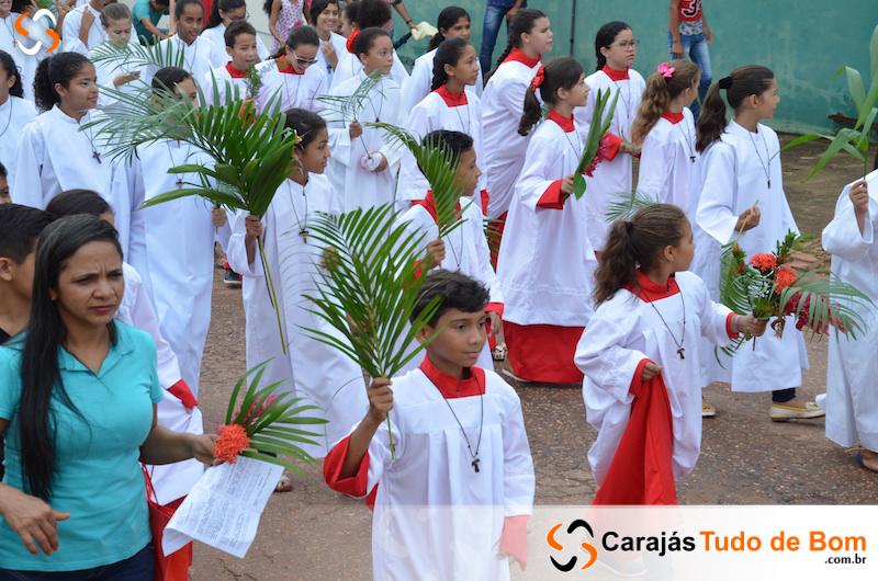 Igreja Católica - Procissão de Domingo de Ramos 2018