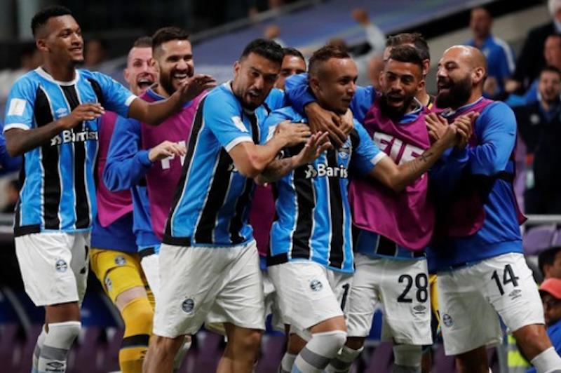 35a540104b Grêmio vence Pachuca na prorrogação e vai à final